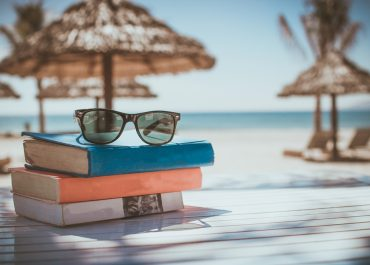 A Summer Reading List for Leaders in the Modern Workplace